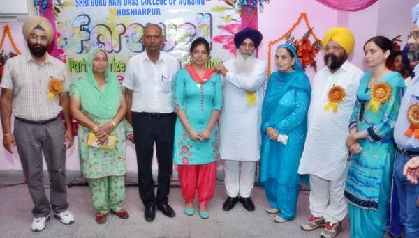 Ms. Amandeep Kaur (M.Sc. Nursing) 2015